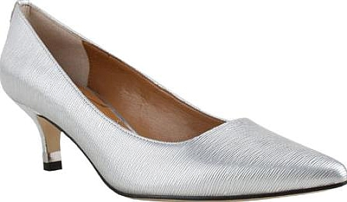 J. Renee Silver Crinkle Patent Leather