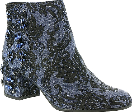 3dad0fa98411 Circus by Sam Edelman Women s Peyton Over The Knee Boots in Black ...