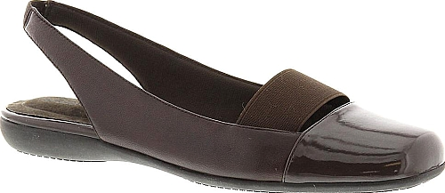 Trotters Sarina Women's Brown Slip On